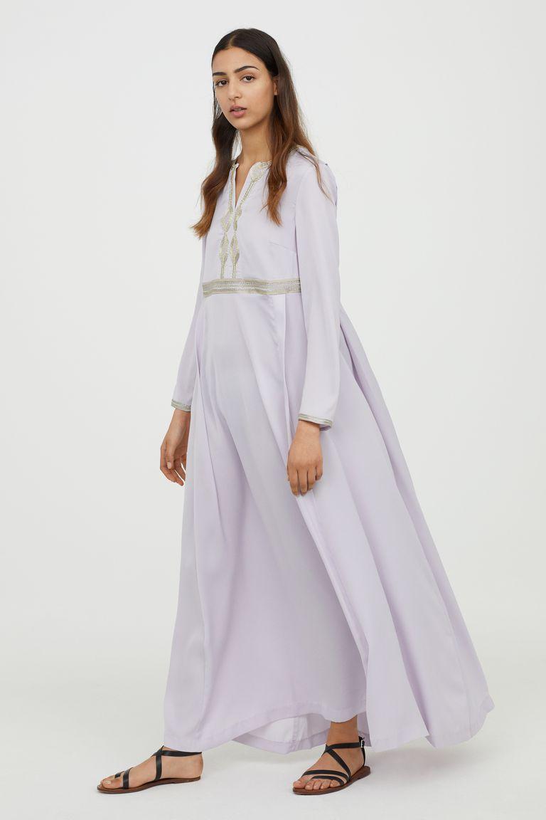 H&M Merilis Koleksi Modest Wear Perdananya