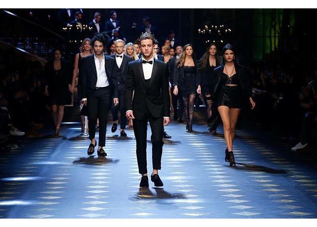 Millennials Menghiasi Presentasi Dolce & Gabbana