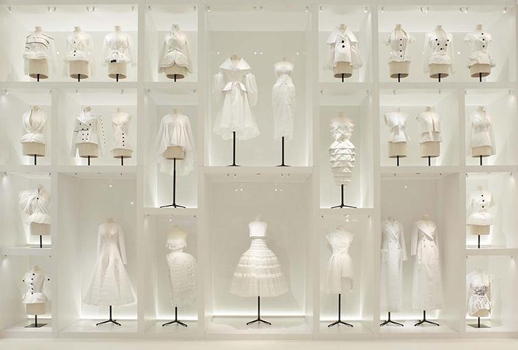 Mengapa Menjaga Arsip Fashion itu Penting?