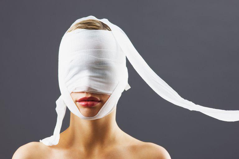 Usia Pasien Operasi Plastik di Inggris Semakin Muda?