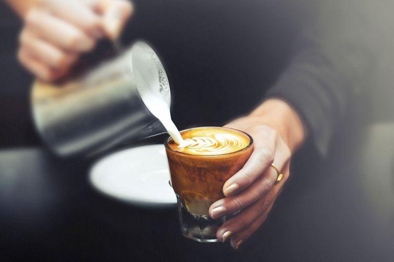 Fakta Tentang Susu Almond dan Susu Oat Menurut Ahli Nutrisi