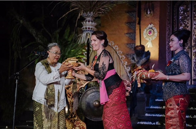 Catatan Sastra dari Bali