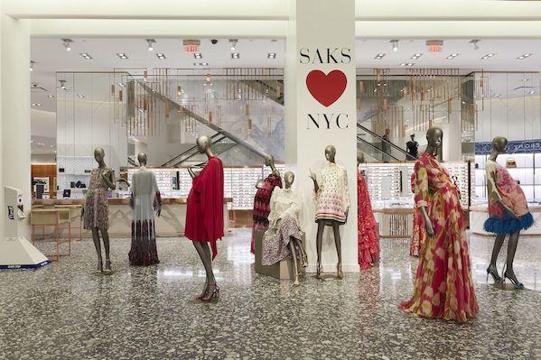 Saks Fifth Avenue Resmi Dibuka Kembali