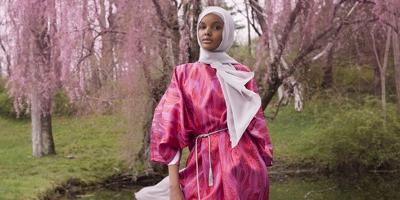 Kampanye Fashion Pertama Halima Aden