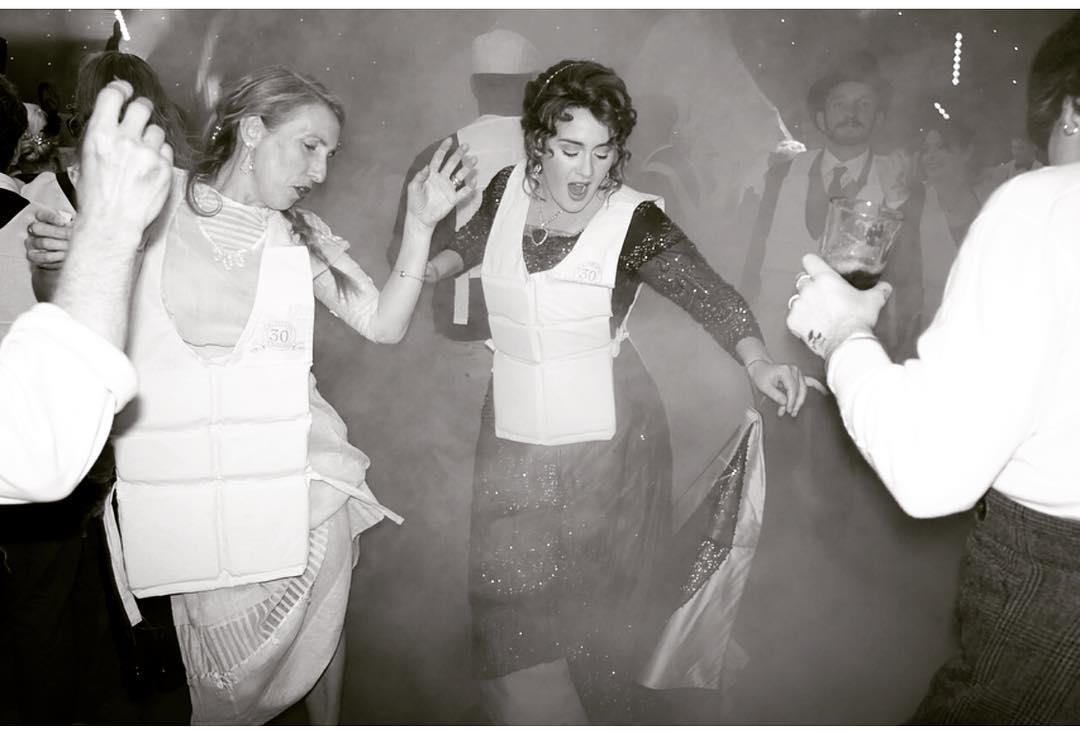 Keseruan Pesta Ulang Tahun Adele yang Bertema Titanic