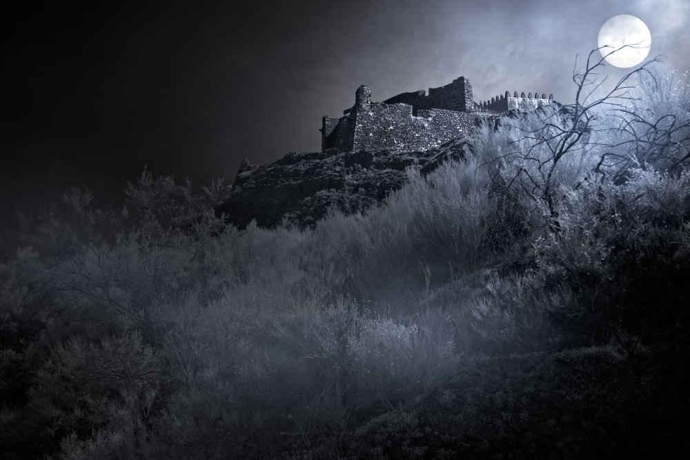 Inilah 6 Kastil Megah Terangker di Dunia