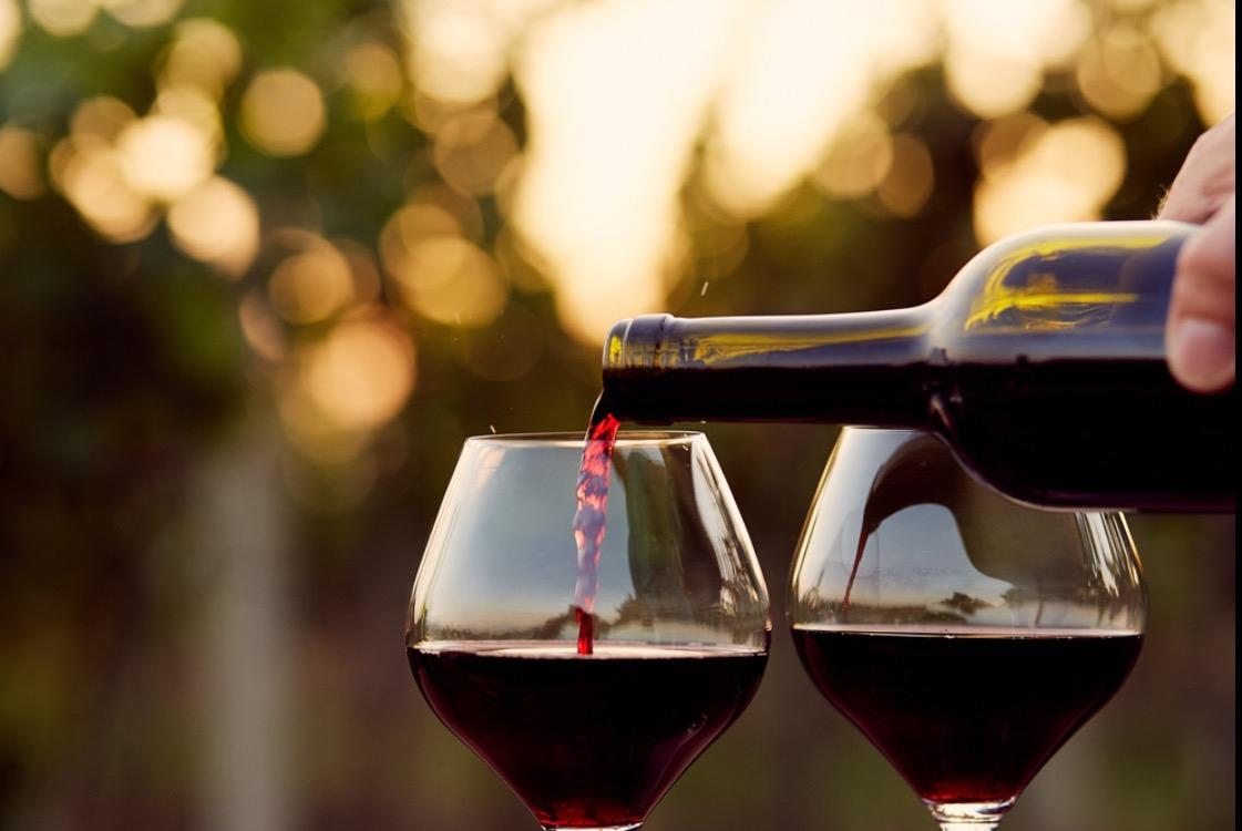 10 Khasiat Anggur Merah