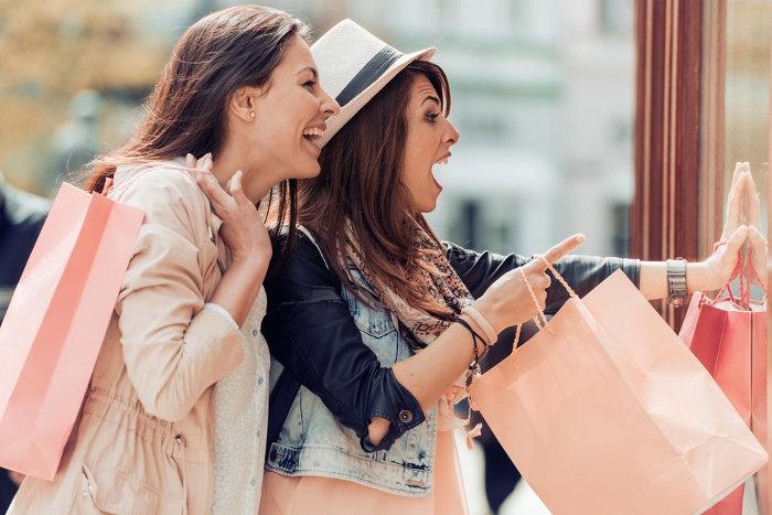 5 Tanda Anda Kecanduan Belanja