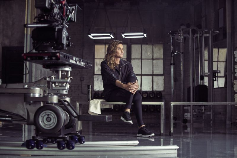 Caitlyn Jenner Membintangi Kampanye Sportswear H&M