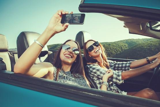 Tips Memilih Teman Seperjalanan