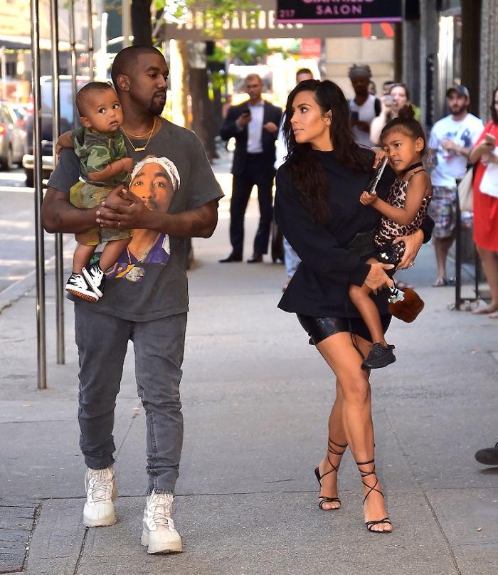 Kanye West dan Kim Kardashian Mendesain Baju Anak