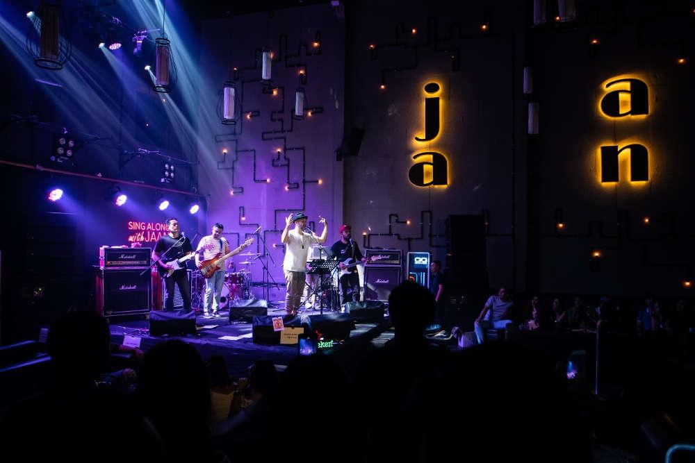 Restoran di Bali dengan Hiburan Live Music Setiap Hari