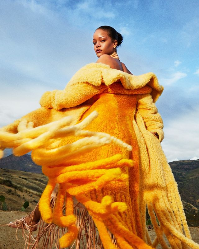 Rihanna Undang Anda Ikuti Universitas Online Fenty Beauty
