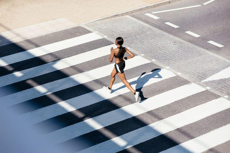 6 Cara Mudah untuk Terus Berlari Ketika Terasa Sulit & Capai