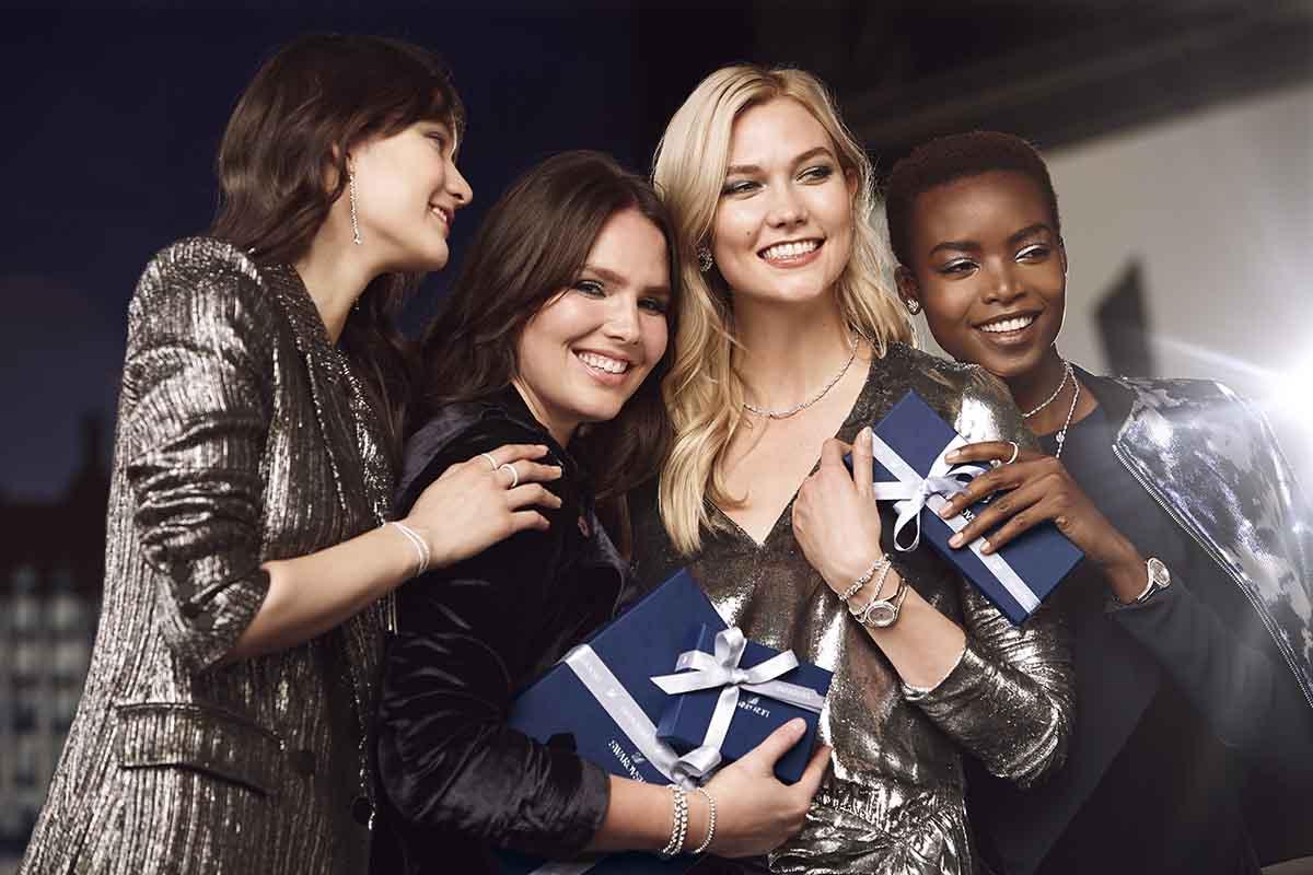 Menyambut Akhir Tahun dengan Perhiasan Swarovski