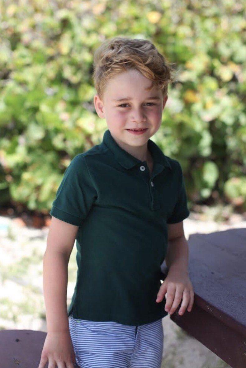 Serunya Ulang Tahun Pangeran George di Pulau Bangsawan Ini