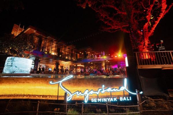 SugarSand: Beach Club Terbaru di Area Seminyak Bali