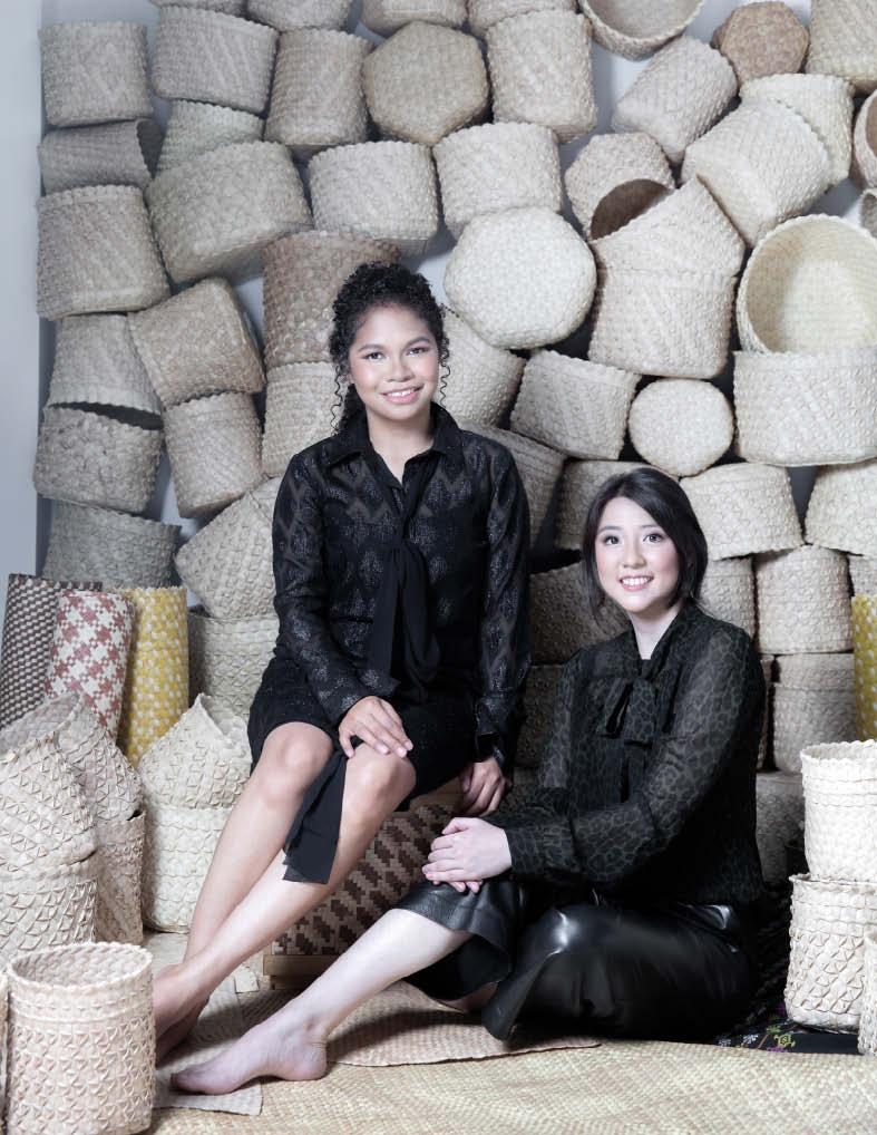 Cerita Wanita Hebat: Azalea Ayuningtyas & Hanna Keraf