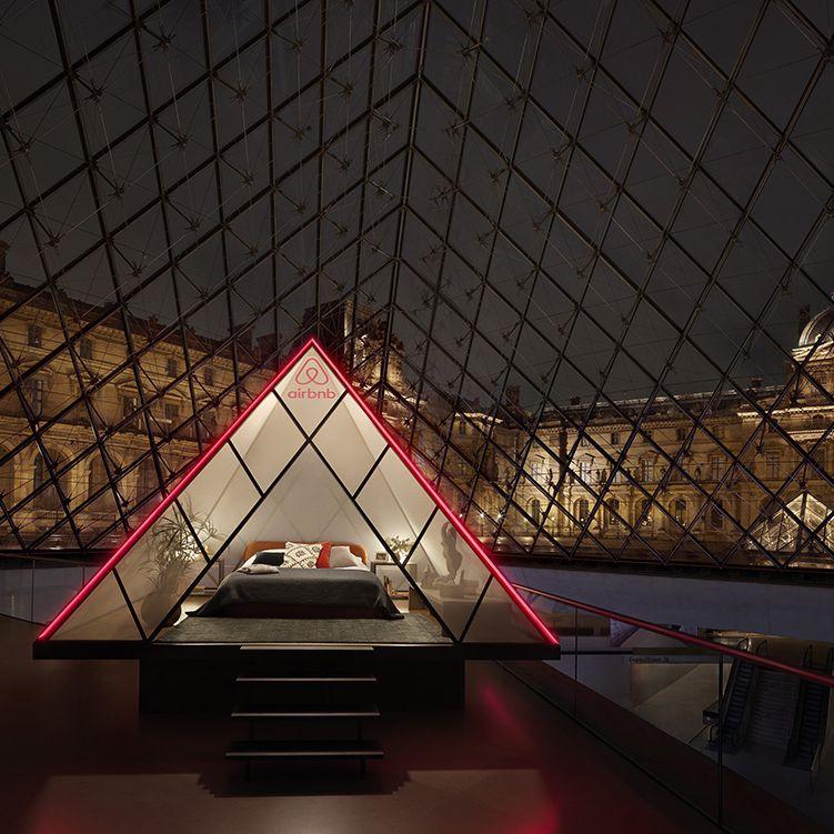 Anda Sekarang Dapat Menginap di Dalam Louvre Berkat Airbnb