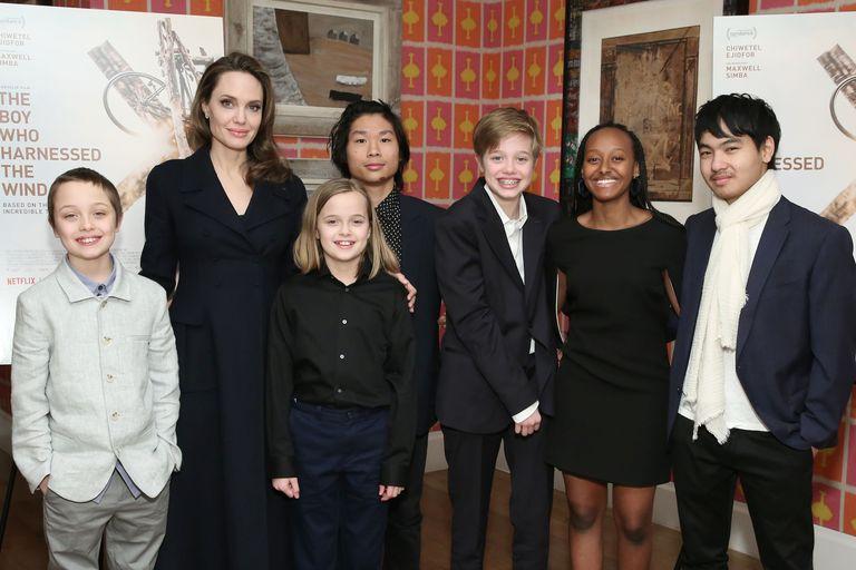 Angelina Jolie Bagikan Momen Langka bersama Anak-Anaknya