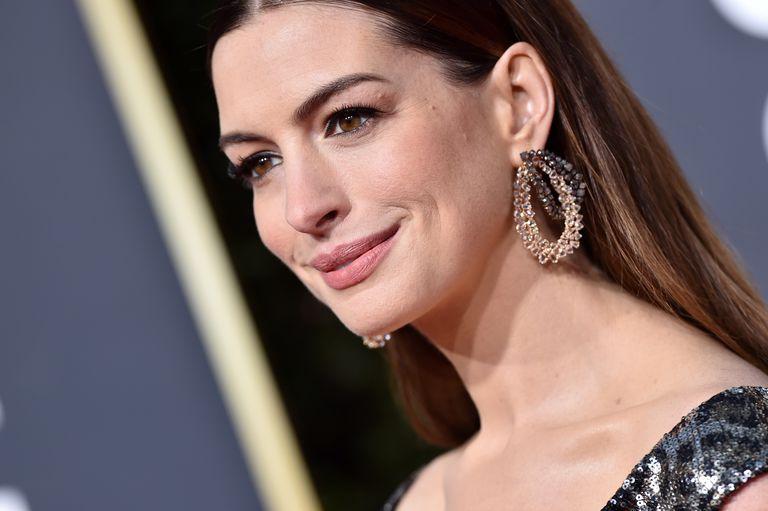Anne Hathaway Mendapatkan Peran Penjahat Pertamanya
