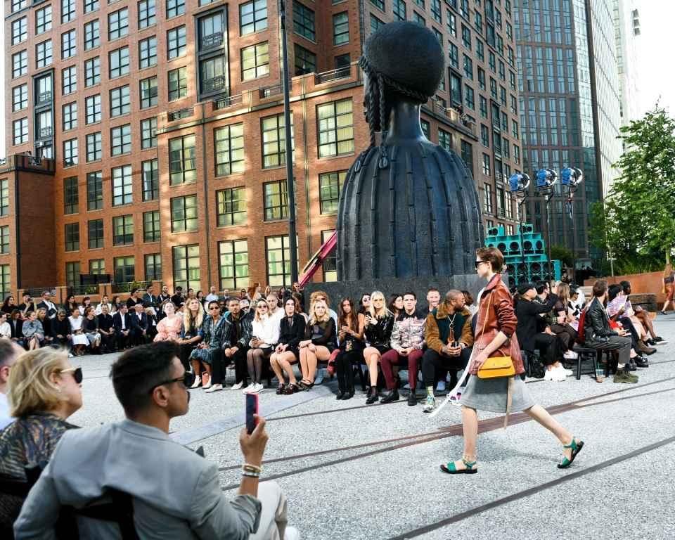 Kolaborasi Artistik dari Coach di New York Fashion Week