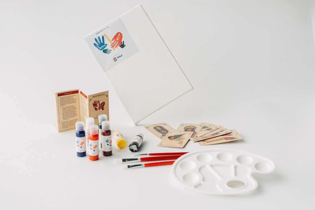 Nikmati Keseruan Melukis Di Rumah dengan Kreasi Terbaru dari Museum MACAN: MACAN Home Kit