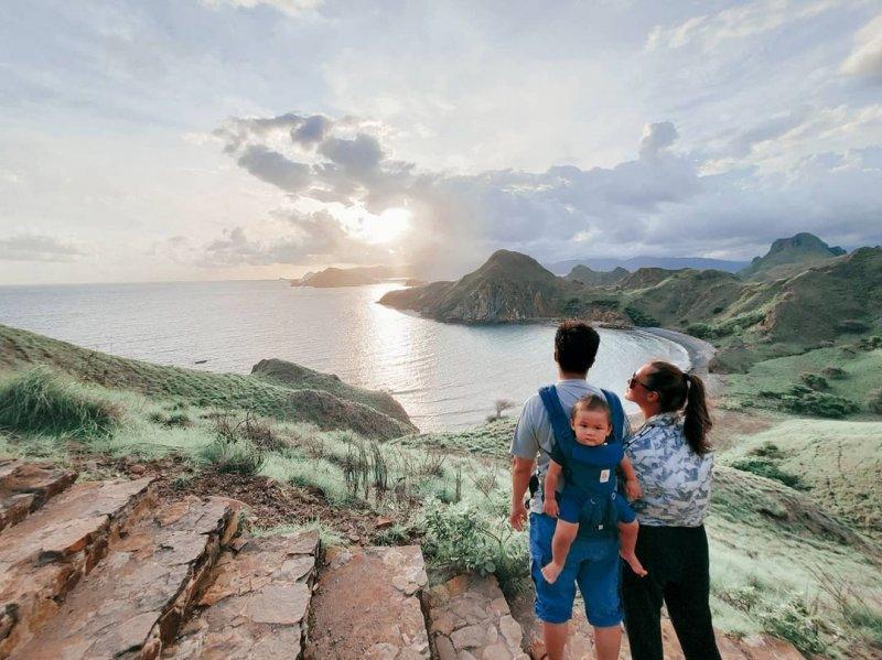 Keseruan Pasangan Baim-Paula Nikmati Akhir Pekan bersama Wulan Guritno dan Chicco Jerikho di Labuan Bajo
