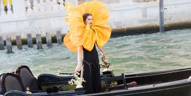7 Hal yang (Mungkin) Anda Lewatkan dari Show Epik Alta Moda Dolce & Gabbana di Venice