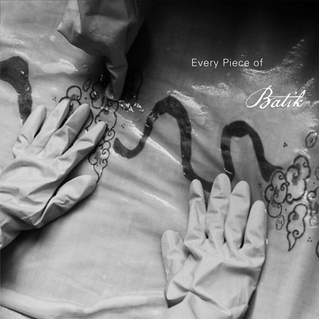 Motif Batik Tulis Awan Harapan Hasil Kolaborasi Axton Salim Dengan One FineSky dan Ibu Rusun Binaan JKT Creative Sudah Rilis