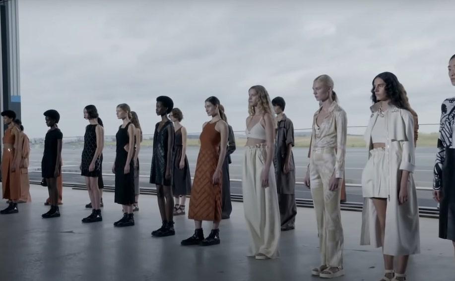 Intip Optimisme Hermès untuk Dunia Melalui Koleksi Spring/Summer 2022