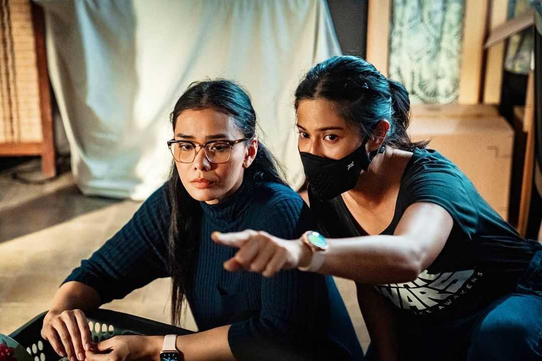 Adinia Wirasti, Marissa Anita, dan Faradina Mufti Terlibat dalam Proyek Perdana Dian Sastrowardoyo sebagai Sutradara