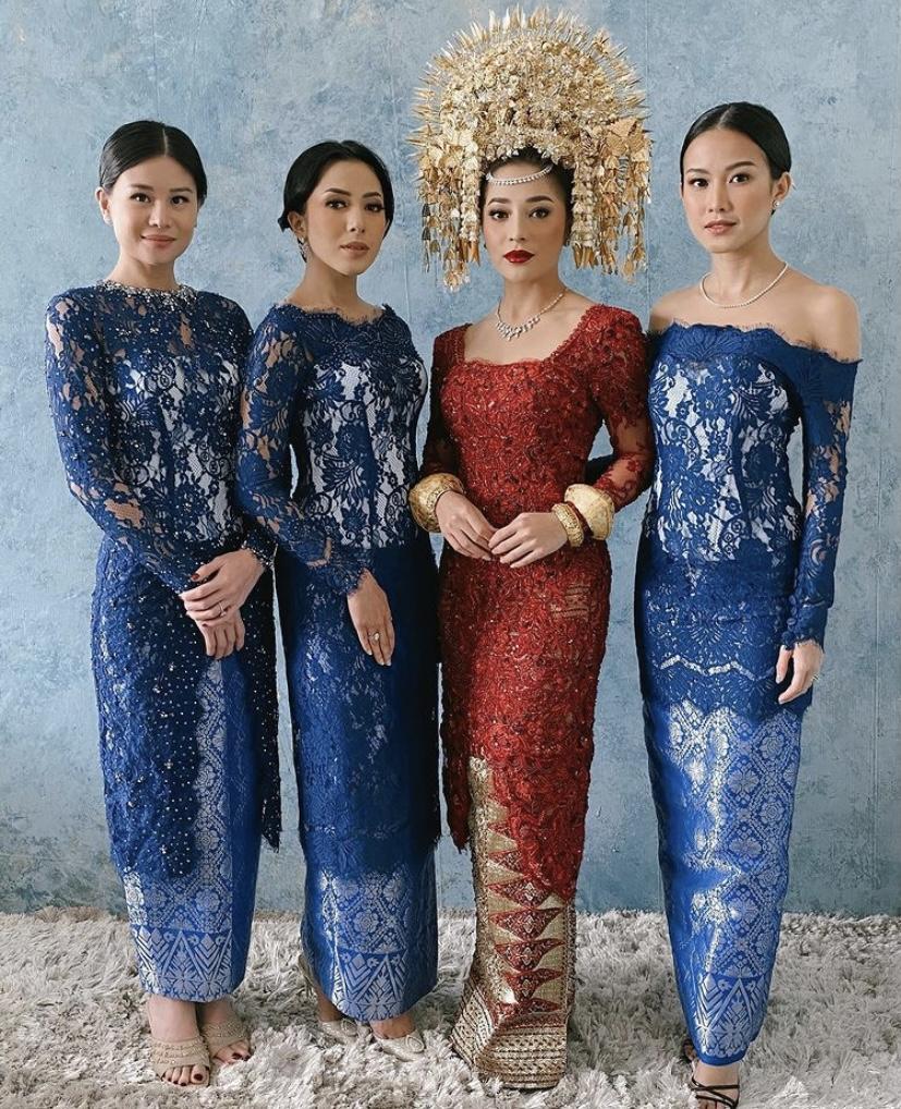 Inspirasi Busana Pengantin dengan Adat Indonesia yang Diselenggarakan Figur Publik Indonesia di Tahun 2020