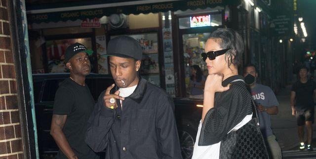 Rihanna Mengenakan Vintage Jersey Saat Kencan Makan Malam Bersama A$AP Rocky