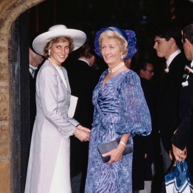 Kakak Laki-Laki Putri Diana Membagikan Potret Langka Ibu Mereka di Instagram
