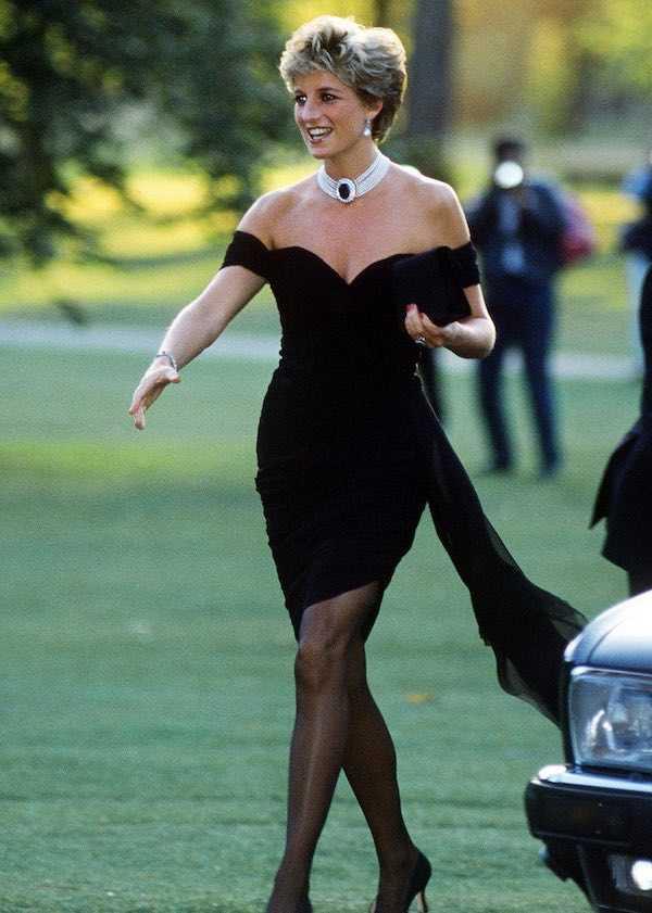 Tiru Gaya Putri Diana Menggunakan Brand Fashion yang Mudah Dibeli Secara Online