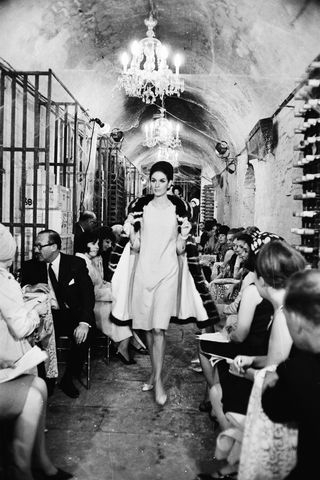 Menyelami Sejarah Menarik dari Pertunjukan Catwalk Pada Fashion Show
