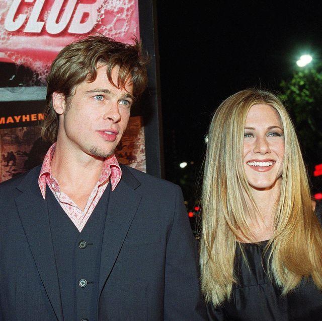 """Jennifer Aniston Ungkapkan Bahwa Ia dan Mantan Suaminya Brad Pitt Masih """"Berteman"""""""