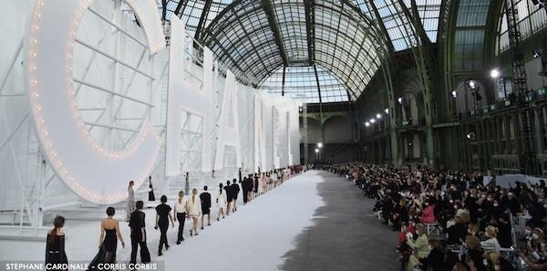 Semua Tampilan Terbaik di Paris Fashion Week Spring 2021
