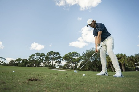 Permainan golf Tommy Fleetwood / Foto: Courtersy of TAG Heuer