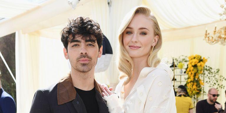 Foto-Foto Pernikahan Sophie Turner & Joe Jonas di Las Vegas Yang Anda Belum Pernah Lihat Sebelumnya