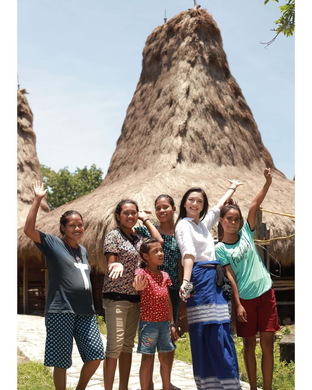 Pengalaman Raline Shah Menyusuri Alam serta Budaya Sumba Barat