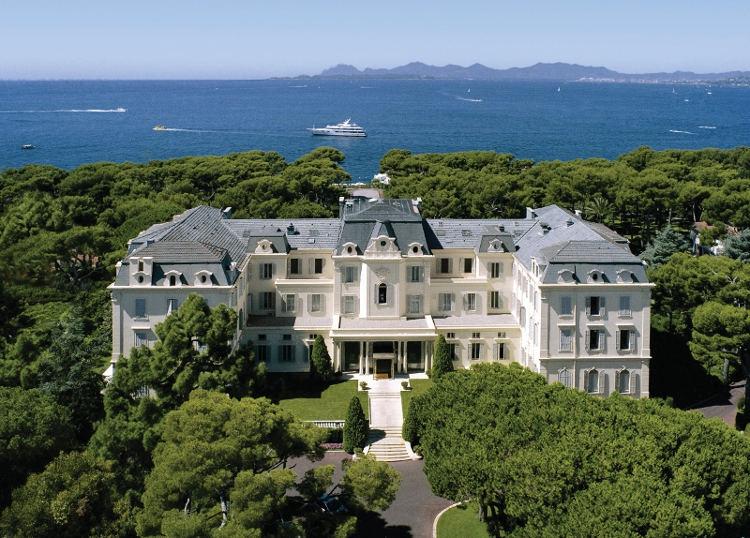 7 Fakta Tentang Hotel du Cap-Eden-Roc yang Berkolaborasi dengan Dior untuk Membuat Parfum Terbarunya