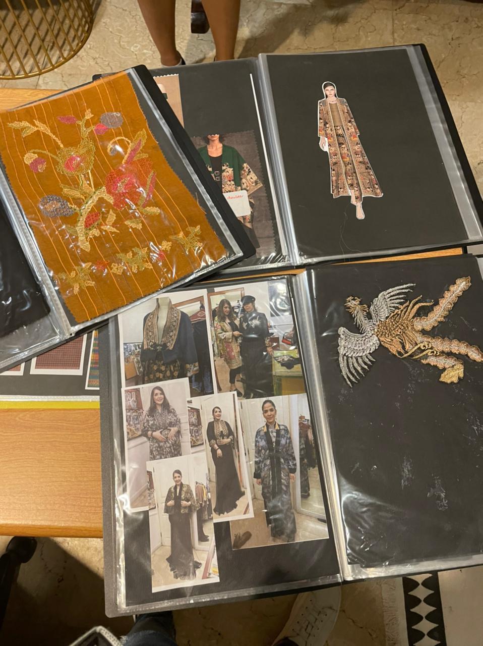 Contoh log book pengembangan suatu motif ke teknik bordir, print, etc / Foto: Courtesy of Ghea Fashion Studio