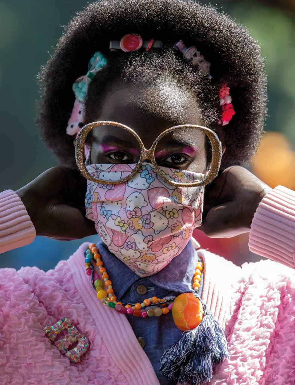 Ketahui Cara Pakai Masker yang Benar, Diikuti Tips Atasi Masalah Kacamata Berembun