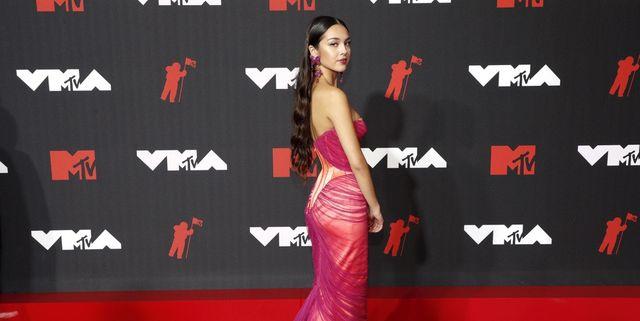 Inilah Tampilan Karpet Merah VMA MTV 2021 yang Mengesankan, Seperti Biasa