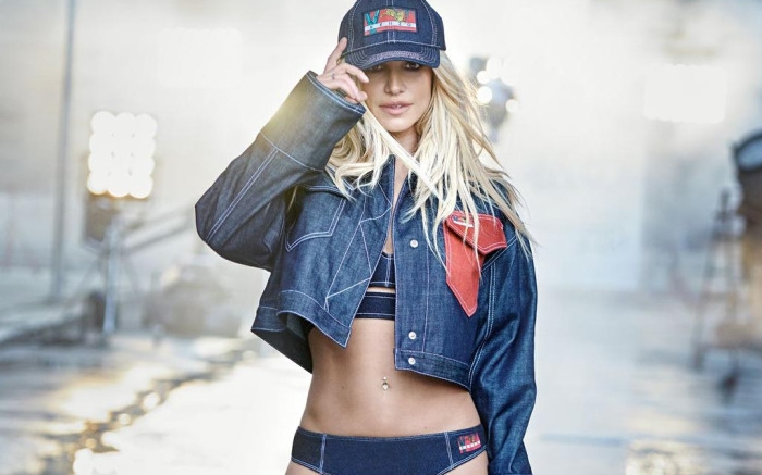Britney Spears Membintangi Kampanye Iklan Kenzo