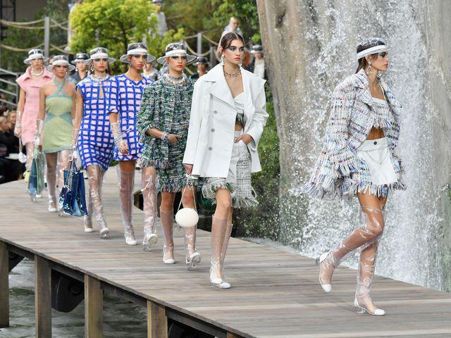 Chanel Berhenti Menggunakan Kulit & Bulu Hewan Eksotis