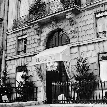 Pabrik Kecantikan Gucci & Dior Mulai Produksi Hand Sanitizer