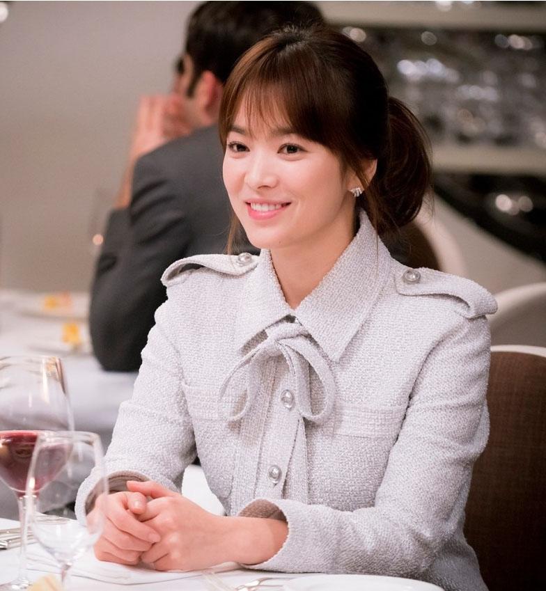Song Hye Kyo dalam Busana Musim Semi Chanel